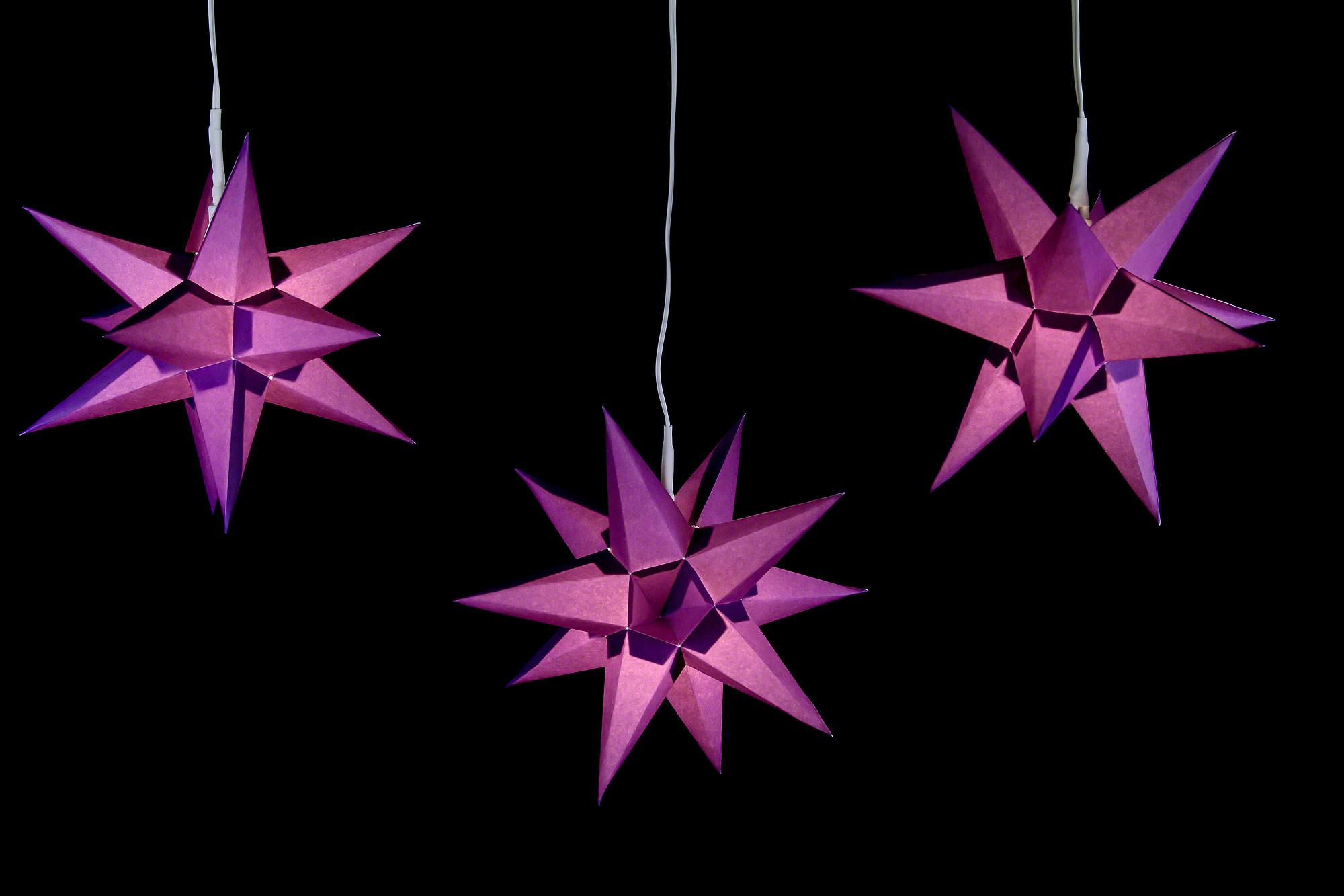 erzgebirge palast adventsstern 3er set violett inkl beleuchtung 17 cm von erzgebirge palast. Black Bedroom Furniture Sets. Home Design Ideas