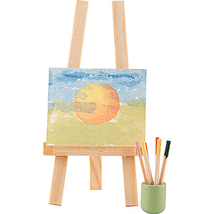 Brushes and Easel - 6,5 cm / 2.6 inch