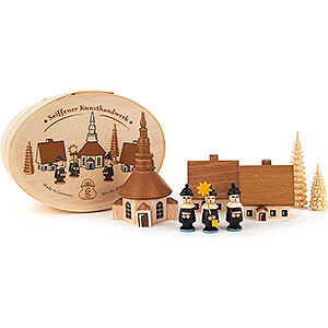 Small Figures & Ornaments Carolers Carolers with Seiffen Church natural in Wood Chip Box - 5 cm / 2 inch