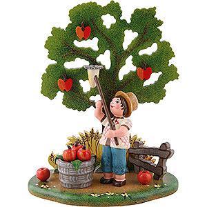 Kleine Figuren & Miniaturen Hubrig Vier Jahreszeiten Landidyll Apfelernte - 10x13 cm