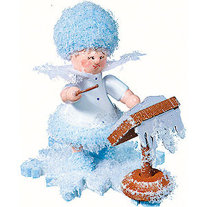 Small Figures & Ornaments Kuhnert Snowflakes Snowflake as Conductor - 5 cm / 2 inch
