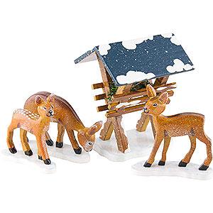 Kleine Figuren & Miniaturen Hubrig Winterkinder Winterkinder Futterkrippe mit 3 Rehen - 3-7 cm
