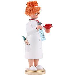 Smoker - Mrs. Doctor - 22 cm / 9 inch