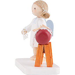 Flax Haired Angel with Clopper Sack - 5 cm / 2 inch