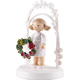 Flax Haired Children - Birthday Child with Flower Wreath - green / red - 7,5 cm / 3 inch