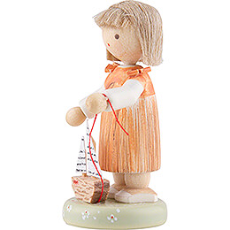 Flax Haired Children Girl with Sailboat - Edition Flade & Friends - 5 cm / 2 inch