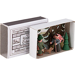 Matchbox - Forester with Woods Lady - 3,8 cm / 1.5 inch