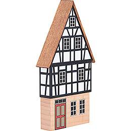Backdrop House - Gabled House with Half-Timbered Gable - 16 cm / 6.3 inch
