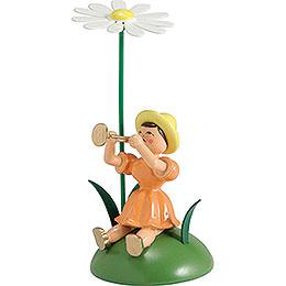 Blumenkind mit Margerite und Trompete sitzend - 12 cm