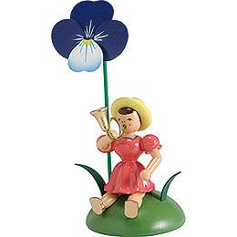 Blumenkind mit Stiefmütterchen und Jagdhorn sitzend - 12 cm