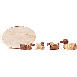 Duck Family natural in Wood Chip Box - 3 cm / 1.2 inch
