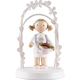 Flax Haired Children - Birthday Child with Strawberries - 7,5 cm / 3 inch