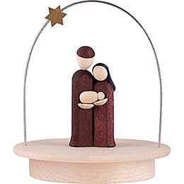 Heilige Familie mit Sternenbogen auf Sockel farbig - 8,5 cm