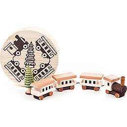 Train in Wood Chip Box - 4 cm / 1.6 inch