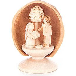 Walnussschale mit Brautpaar - 5 cm