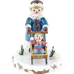 Winterkinder Mädchen mit Kinderschlitten - 7 cm