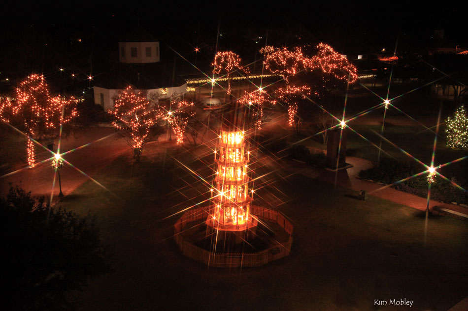 fredericksburg christmas pyramid by night - Fredericksburg Tx Christmas